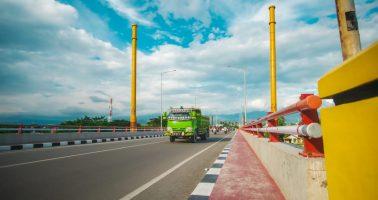 jembatan_lalove